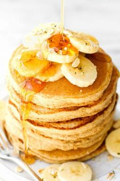 Healthy Thick and Fluffy Flourless Banana Smoothie Pancakes