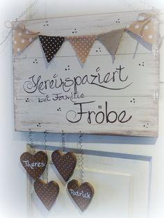Türschilder - New Ideas Fun Crafts, Diy And Crafts, Decor Crafts, Ideias Diy, Diy Wood Signs, Door Signs, Home Deco, Diy Gifts, Diy Wedding