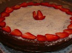 Receita de Bolo Bomba - bolo. Mexa vagarosamente. Coloque em forma untada e enfarinhada. Colocar primeiro a massa do bolo na forma, o creme branco sobre a...