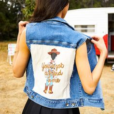 // Her Universe Disney Pixar Toy Story Woody Denim Girls Vest Disney Fashion, Disney Outfits, Girl Outfits, Cute Outfits, Women's Fashion, Hot Topic Disney, Toy Story Shirt, New Toy Story, Easter Outfit