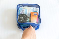 What to pack in your toiletry bag? This list has it all, plus some packing tips, travel products and our favorite recommended clear toiletry bag for travel! Best Packing Cubes, Packing Tips For Travel, Travel Items, Travel Bags, Travel Backpack, Travel Essentials For Women, Travel Must Haves, Travel Toiletries, Travel