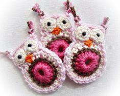 Satz von 8 rosa Lisa Crochet-Eulen