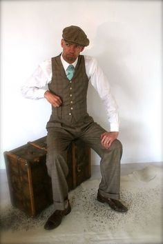 1930's mens pants high waisted trousers for door SunnySideCouture