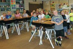 Interesting idea for turning student desks into standing desks. Could do just a few for flexible seating. Classroom Desk, Classroom Furniture, 2nd Grade Classroom, Classroom Themes, Classroom Organization, School Classroom, Classroom Seating Arrangements, Diy Standing Desk, Student Desks