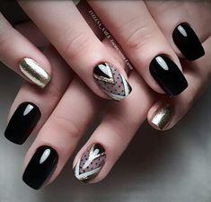 Semi-permanent varnish, false nails, patches: which manicure to choose? - My Nails Bright Red Nails, Black Nails, Acrylic Nails, Gel Nails, Nail Polish, Black Nail Designs, Nail Art Designs, Short Nails, Long Nails
