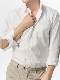Autumn Spring summer 2017 Men´s WHITE SLIM FIT SHIRT WITH BEIGE ELBOW PATCHES at Massimo Dutti for 65.5. Effortless elegance!
