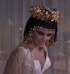 Cleopatra is furious with Marcus after finding out he married another woman http://mariaefmilliner.com/cleopatra-a-review-of-the-35-dresses-she-wears-on-the-movie/