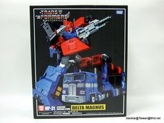 MP-31 Masterpiece Delta Magnus Diaclone Powered Convoy In Hand Photos