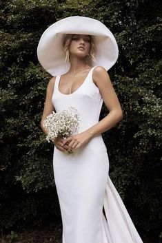 Best Wedding Dress Trends for 2021 Brides – Bridal Musings – Grace Loves Lace Elysian Collection – Bridal Accessories 3