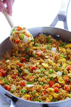 All of the goodness of traditional fried rice, but made with protein-packed quinoa instead of rice! Quinoa Fried Rice, Quinoa Dishes, Quinoa Stir Fry, Vegetarian Recipes, Cooking Recipes, Healthy Recipes, Quinoa Dinner Recipes, Recipes With Quinoa, Cooking Tips