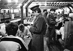 u Mamuta, kto tam nebol počas štúdiá, tak sa môže hanbiť. Retro 2, Passionate People, Bratislava, Socialism, Nostalgia, Concert, Photography, Portobello, 1960s