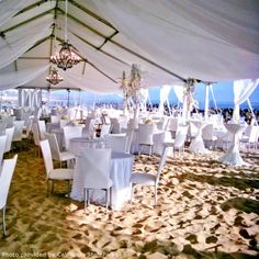 Beach Wedding Reception..OMG THIS IS AMAZING ! I WANT THIS