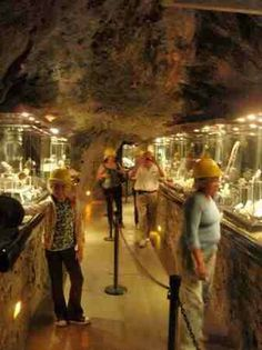 Display of beautiful rocks-Museum of Mines-Zacatecas, Mx