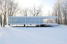 Sex and Real Estate, Reconsidered: What Was the True Story Behind Mies van der Rohe's Farnsworth House? - Sex and Real Estate, Reconsidered: What Was the True Story Behind Mies van der Rohe's Farnsworth - Farnsworth House, Maison Farnsworth, Ludwig Mies Van Der Rohe, Architecture Résidentielle, Modernisme, Le Palais, Built Environment, Marimekko, Interior And Exterior
