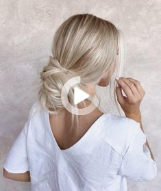 VSCO - instagram: @dijellz | said #shortsummerhairstyles Wedding Hairstyles For Medium Hair, Short Shag Hairstyles, Cute Simple Hairstyles, Veil Hairstyles, Summer Hairstyles, Stylish Hairstyles, Beautiful Hairstyles, Medium Hair Styles, Short Hair Styles