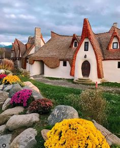 Romania has a lot of unique attractions to offer and I am happy to write about one of the most recent ones - the fairy tale clay castle in Porumbacu de Sus, a Places To Travel, Places To Go, Visit Romania, Romania Travel, Beautiful Roads, Beautiful Places, Wonderful Places, Destinations, Destination Voyage