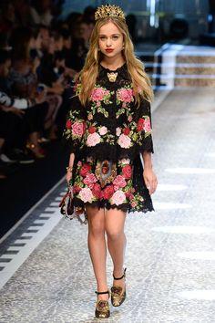 Dolce & Gabbana коллекция   Коллекции осень-зима 2017/2018   Милан   VOGUE
