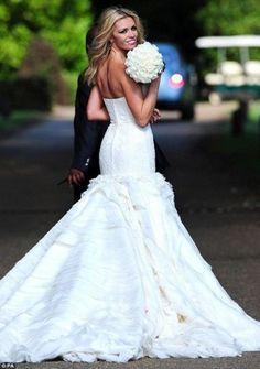 Gorgeous #Bride and #Wedding dress