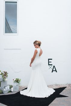 Industrial modern Florida wedding inspiration | Photo by LH Photography | Read more - http://www.100layercake.com/blog/?p=85478