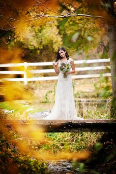 Autumn Outdoor Bridal Portrait Session | Two Bright Lights :: Blog