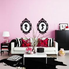 If I had a place just to myself, this would be it. So girly, yet sophisticated.