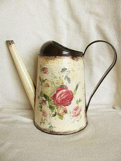 tsvety-floristika-lejka-rozy-moego-sada