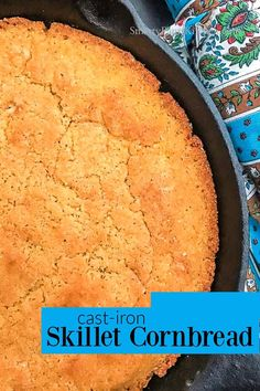 Foolproof skillet cornbread anyone can make! Contains no sugar! Easy Recipes For Beginners, Cooking For Beginners, Cat Head Biscuits, Cast Iron Skillet Cornbread, Apple Hand Pies, Fried Apples, Green Tomatoes, Southern Recipes, Soul Food