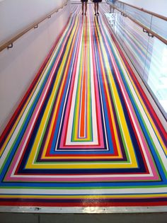 An Artist Made A Colorful Floor Installations Inspired By The Optical Illusions Optical Illusions For Kids, Optical Illusions Drawings, Art Optical, Illusions Mind, Jim Lambie, Tokyo, Illusion Pictures, Colored Tape, Installation Art