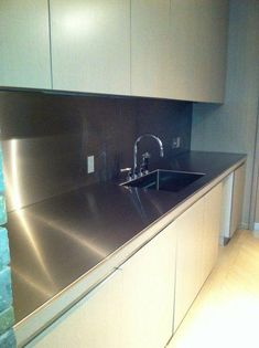 18 ideas for kitchen sink stainless steel islands Barn Kitchen, Home Decor Kitchen, Rustic Kitchen, New Kitchen, Kitchen Sink, Kitchen Stuff, Kitchen Ideas, Kitchen Design, Stainless Steel Island