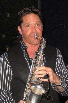 Dave Koz — Featured Smooth Jazz Artist - jazzmusciarchives.com Smooth Jazz Artists, Smooth Jazz Music, Rhythm And Blues, Jazz Blues, R&b Artists, Music Artists, Sound Of Music, My Music, Dave Koz