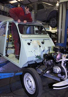 British company 2CV City pays around £300 for scrap cars from all around Britain