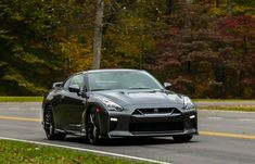 2019 Nissan GT-R: Fast Employing Vigorous Engine with Aesthetic Luxury
