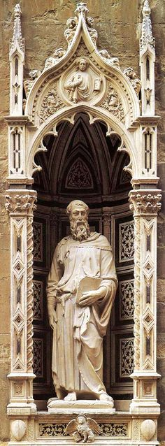 'St. Mark,' 1411-1413; Donatello, Florentine, c.1386-1466; marble; Orsanmichele Church, Florence, Italy. The evangelist cradles his gospel in his strong, veined hand and gazes out, resting his weight on the right leg while bending the left. Though subtle, St. Mark's contrapposto pose (weight on one foot) was the first seen since antiquity. Commissioned by the linen-sellers' guild, the statue has elaborately detailed robes that drape around the natural contours of his weighty body.