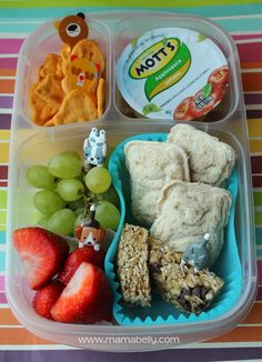 One week of school lunch ideas - mamabelly.com   with @EasyLunchboxes containers