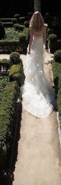 Parisian Wedding, Wedding Book, Garden Wedding, Brides And Bridesmaids, Bridesmaid Dresses, Wedding Dresses, French Romance, All Things Fabulous, Cream Wedding