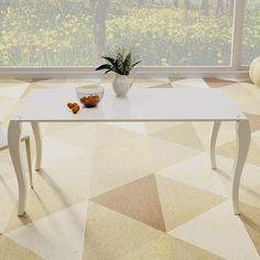 Tavolo da pranzo allungabile Perla,  realizzato in MDF laccato in quattro misure diverse: da L. 130, L. 150, L. 170 e L. 198. Il tavolo è allungabile a varie lunghezze a seconda della misura scelta, potete visualizzare gli schemi e le dimensioni esatte nella tabella sottostante.  Le allunghe sono riposte all'interno del tavolo  Il tavolo è realizzabile con colori a vostra scelta  (scala RAL),