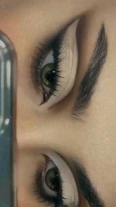Dope Makeup, Edgy Makeup, Makeup Eye Looks, Grunge Makeup, Eye Makeup Art, Pretty Makeup, Skin Makeup, Makeup Inspo, Eyeshadow Makeup