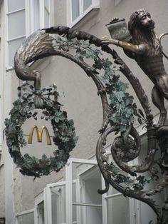 Getreidegasse, Salzburg.