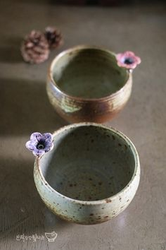 5 Tips and Tricks to Improve Your Pottery Skills – Voyage Afield Slab Pottery, Pottery Bowls, Ceramic Pottery, Thrown Pottery, Ceramic Tableware, Ceramic Bowls, Ceramic Art, Clay Bowl, Pottery Classes
