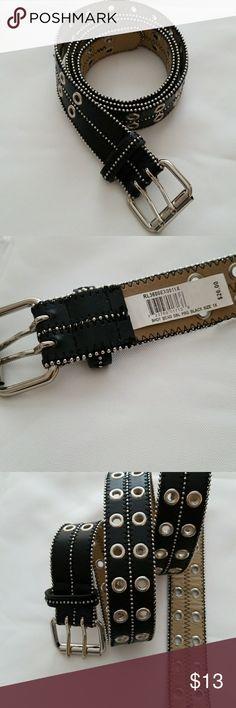 Black belt as 1X 47 inch Stylish Silverstone on black Accessories Belts