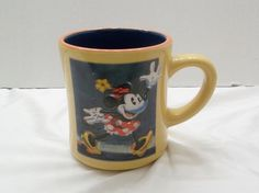 Disney Store Minnie Mouse Coffee Mug Very Nice Cup