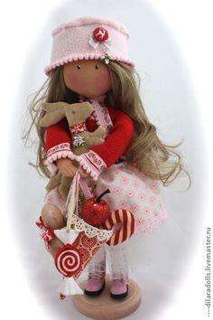 Купить текстильная кукла MELANIE - ярко-красный, подарок, подарок девушке, подарок женщине