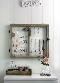 10 DIY Jewelry Storage ideas | Learning to Love White