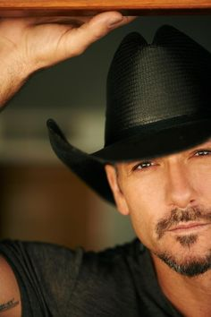 Tim McGraw...Hot!