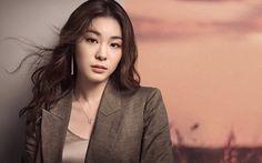 Kim Yuna presents her alluring appeal for J.ESTINA | allkpop.com