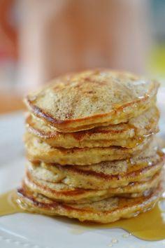 The Art of Comfort Baking: Whole Wheat Banana Pancakes #breakfast #recipe #pancakes