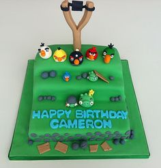 Lovely angry birds cake