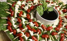 kalte platten garnieren spieße dip cherry tomaten kaese