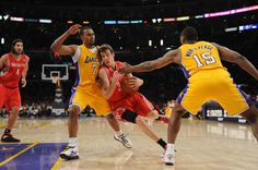 Lakers' lose to Houston 4/6/12