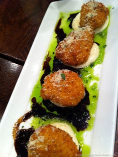 Goat Cheese and Artichoke Poppers from Houlihan's
